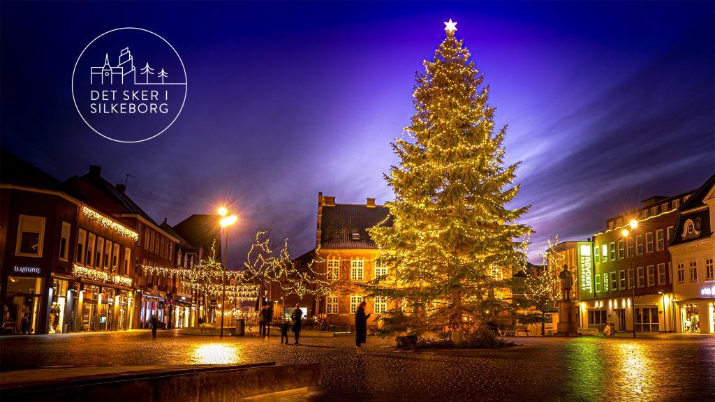 Juletræ på torvet i Silkeborg